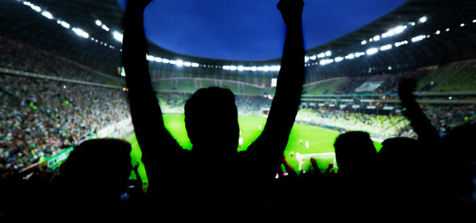 Football-crowd-cheering-670x314
