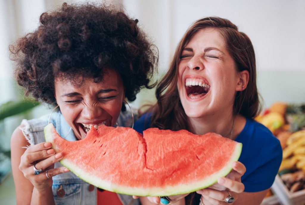 กินแตงโม